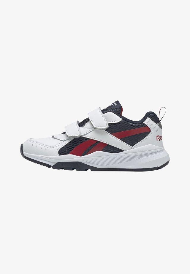 REEBOK XT SPRINTER ALT SHOES - Chaussures de running neutres - white