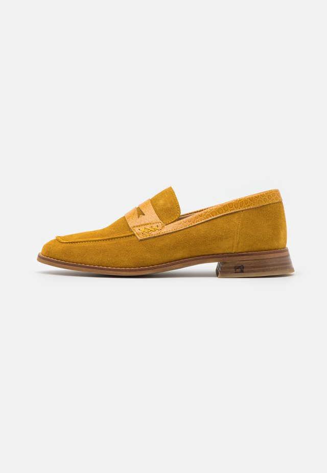 LOEL LOAFER - Instappers - gelb