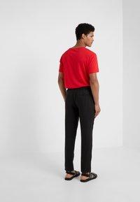 Sand Copenhagen - JASON - Trousers - black - 2