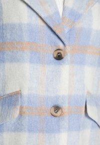 VILA PETITE - VIALISSI JACKET - Short coat - white/light blue - 4