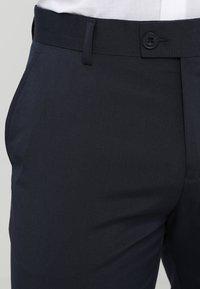 Casual Friday - Oblekové kalhoty - navy - 3