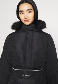 Missguided - SKI JACKET WITH MITTENS AND BUMBAG  - Winter jacket - black - 5