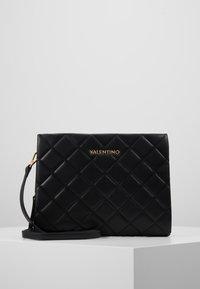 Valentino Bags - OCARINA - Olkalaukku - black - 1