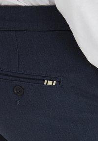 Tailored Originals - TOFREDERIC - Chino - ombre blu - 4