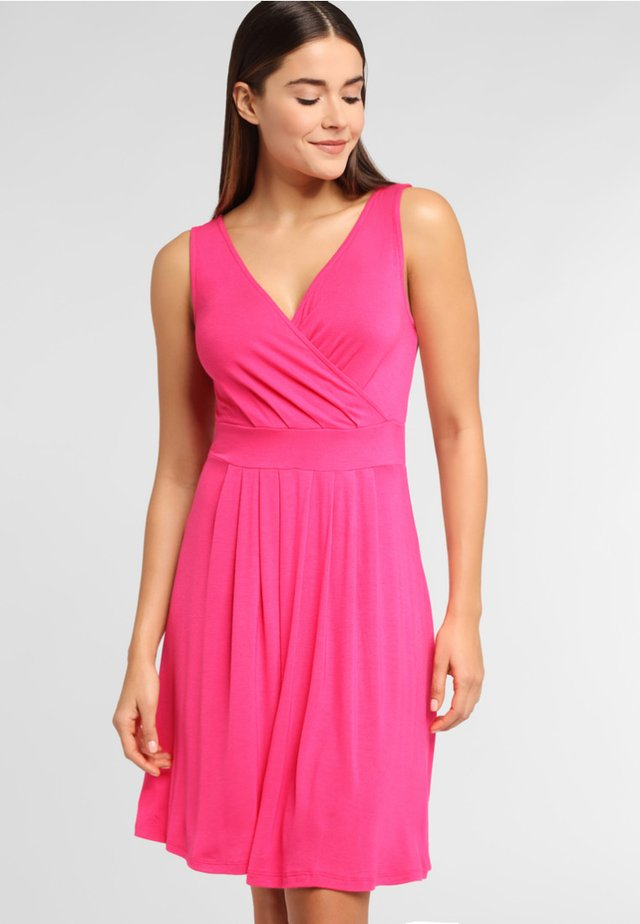 Beach accessory - pink