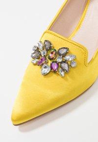 Kio - Classic heels - yellow - 2