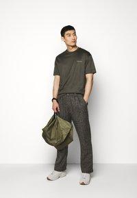 Emporio Armani - Basic T-shirt - dark green - 1