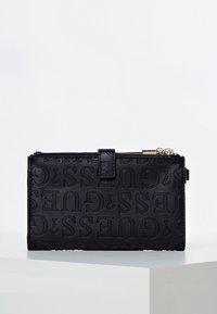 Guess - Wallet - black - 0