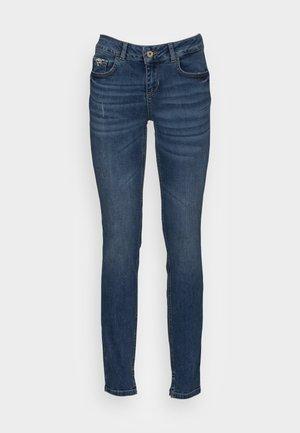 FABULOUS - Jeans Skinny Fit - denim blue