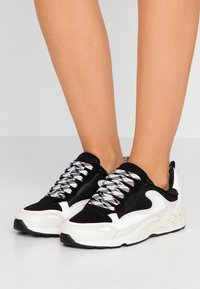 sandro - FLAME - Trainers - storm - 0