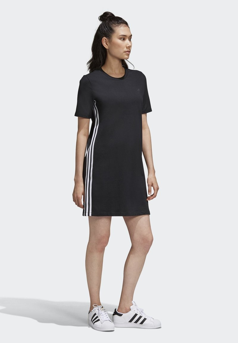 adidas Originals - ADICOLOR SPORTS INSPIRED REGULAR DRESS - Sukienka letnia - black/white