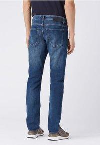 BOSS - DELAWARE Slim Fit - Slim fit jeans - dark blue - 2