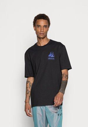 PBEAR ORIGINALS ADVENTURE T-SHIRT LOOSE - T-shirt con stampa - black