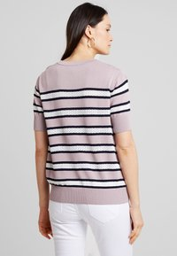 Six Ames - GABRIELLE - T-shirts print - dusty - 2