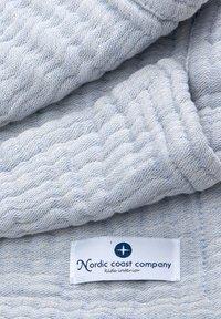 Nordic coast company - 4IN1 DECKE 2ER SET GRAU-BLAU - Muslin blanket - light blue - 5
