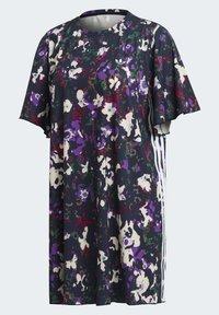 adidas Originals - BELLISTA SPORTS INSPIRED LOOSE DRESS - Sukienka z dżerseju - multicolor - 11