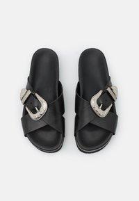 YAS - Pantofle - black - 5