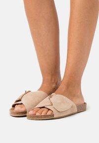 Zign - Pantofle - beige - 0