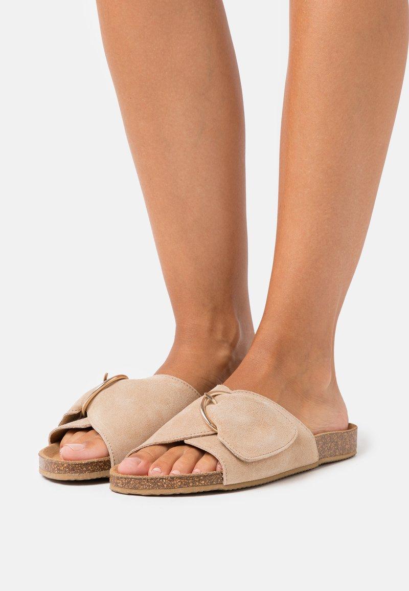 Zign - Pantofle - beige