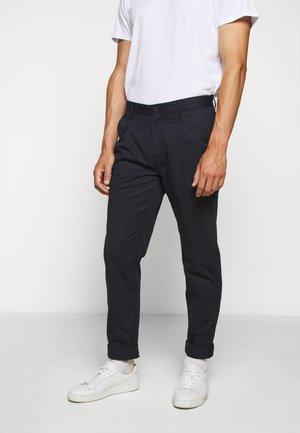 PAPER POP PLEAT PANT - Trousers - dark midnight