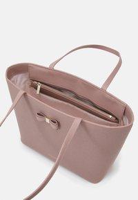 Ted Baker - AVEEDA - Handbag - dusky pink - 2