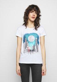 Patrizia Pepe - MAGLIA - Print T-shirt - bianco - 0