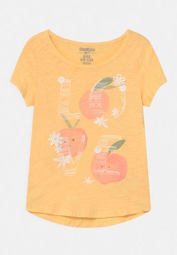 MID TIER GRAPHIC - Print T-shirt - yellow
