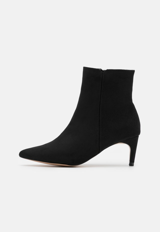 HELENA POINT BOOT - Korte laarzen - black