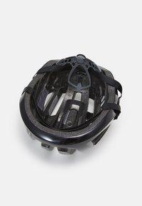 Oakley - ARO3 LITE EUROPE - Helmet - blackout - 3