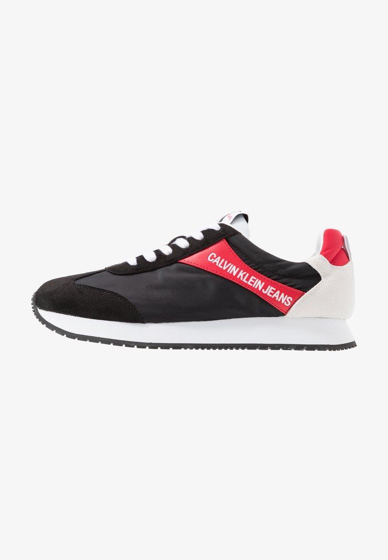 Calvin Klein Jeans - JERROLD - Sneakersy niskie - black/racing red