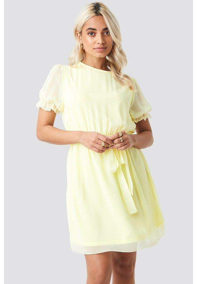 Korte jurk - pale yellow