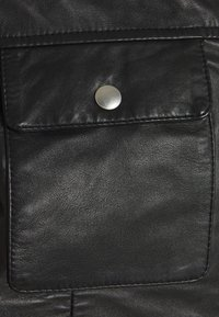 Selected Homme - SLHICONIC BLOUSON  - Leather jacket - black - 8