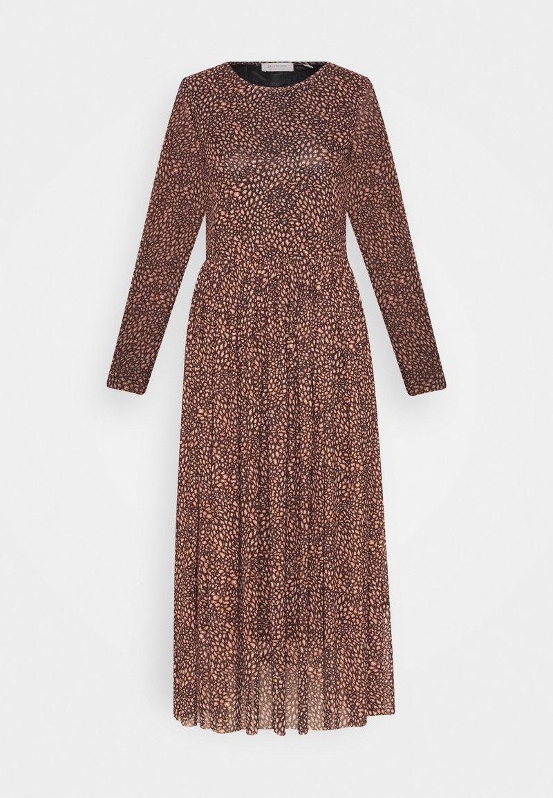 Rich & Royal - DRESS  - Denní šaty - toffee