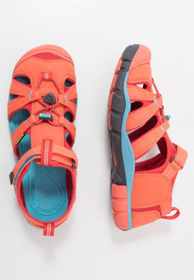 SEACAMP II CNX - Tursandaler - coral/poppy red
