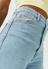 Stradivarius - Bootcut jeans - blue - 3