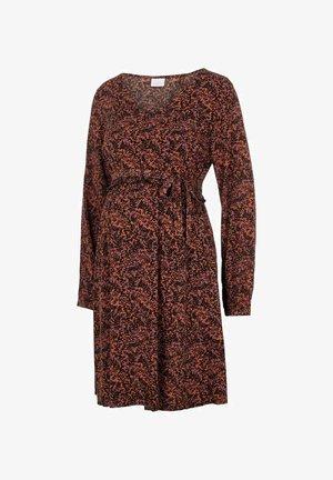 Day dress - auburn