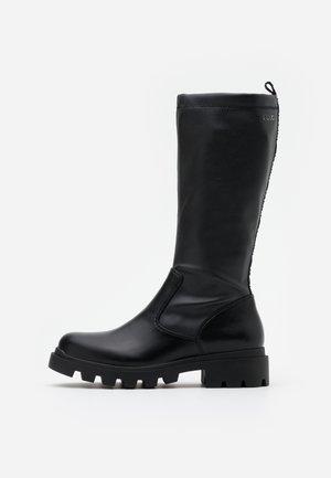 DEBBIE - Vysoká obuv - black