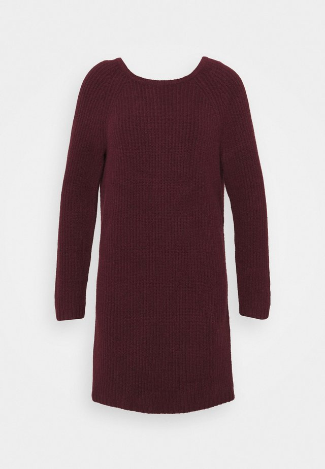 TWIST BACK DRESS - Stickad klänning - royal berry