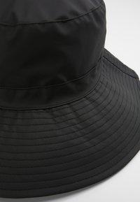 Rains - BOONIE HAT - Klobouk - black - 4