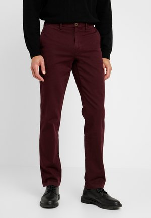 DENTON - Trousers - red