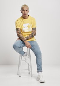 Starter - Print T-shirt - buff yellow - 4