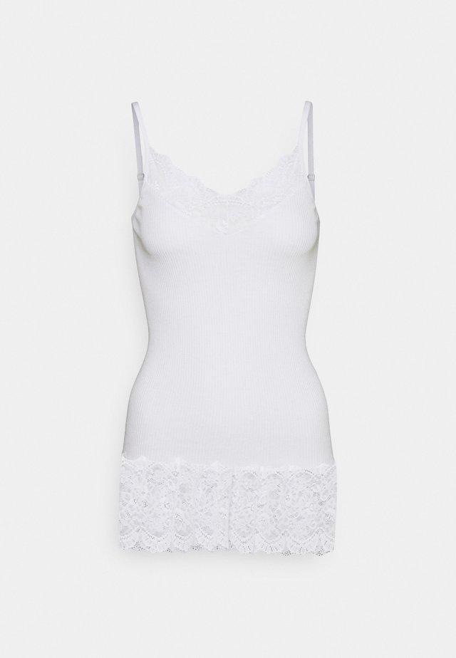 Top - new white