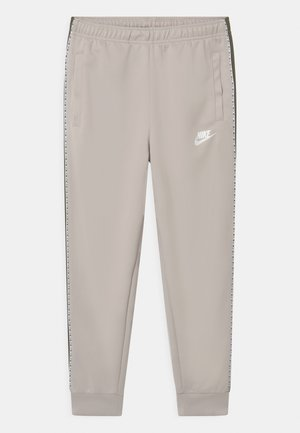 REPEAT - Tracksuit bottoms - desert sand/medium olive/white
