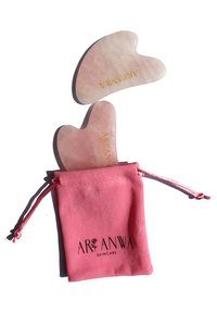 ARI ANWA Skincare - GUA SHA ROSENQUARZ - Skincare tool - - - 2