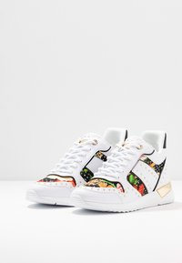 Guess - REJJY - Sneakers - multicolor - 4