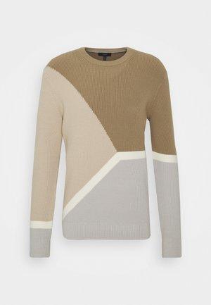 GREGG CREW - Pullover - bark/multi