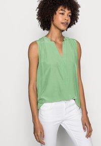 Esprit - BLOUSE - Top - leaf green - 3