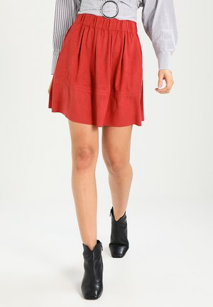 KIA - A-line skirt - mineral red
