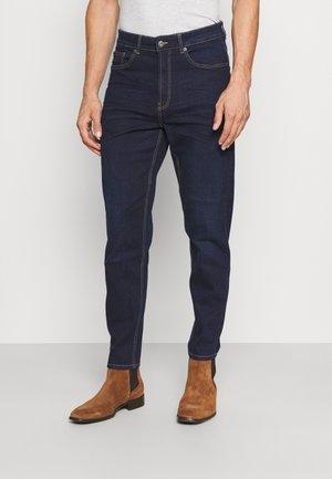 DAD - Jeans Tapered Fit - dark blue denim