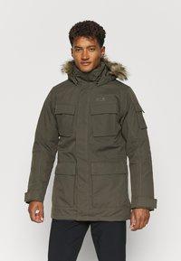 Jack Wolfskin - GLACIER CANYON - Winter coat - brownstone - 0